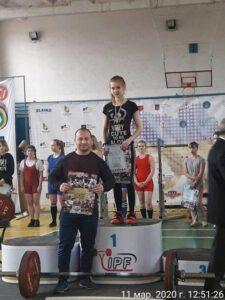 студенки ДонНМУ прийняли участь у Чемпіонаті Донецької області з пауерліфтингу та жиму лежачі
